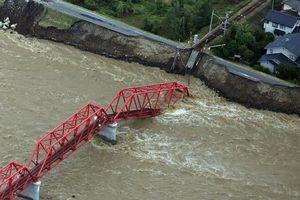 Nhật Bản nỗ lực khắc phục hậu quả siêu bão Hagibis khi số người chết tiếp tục tăng