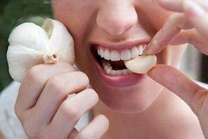 Tác dụng bất ngờ của việc ăn tỏi sống đối với sức khỏe