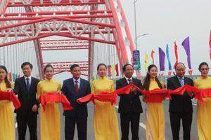 Thủ tướng Nguyễn Xuân Phúc dự Lễ thông xe cầu Hoàng Văn Thụ Hải Phòng