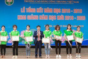 Trường Cao đẳng Công thương Việt Nam khai giảng năm học mới