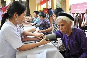 Phấn đấu 100% người cao tuổi có thẻ bảo hiểm y tế trước năm 2020