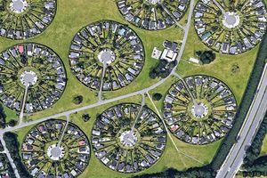 Mãn nhãn với khu đô thị vòng tròn siêu thực có 1-0-2 ở Đan Mạch