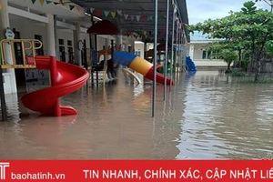 Sáng mai, gần 10 ngàn học sinh 2 huyện miền núi Hà Tĩnh nghỉ học do mưa lũ