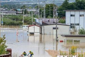Thủ tướng Nhật Bản cam kết bảo vệ người vô gia cư sau bão Hagibis