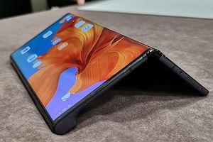 Điện thoại gập Huawei Mate X sẽ trở lại vào cuối tháng 10