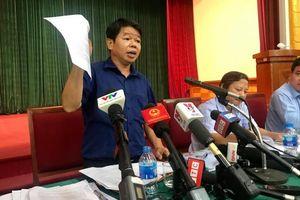 Tổng Giám đốc Nước sạch sông Đà: Mùi vị nước sinh hoạt nhiễm dầu thải vẫn… bình thường (?!)