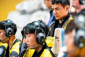 Thất bại chóng vánh trước Funplus Phoenix, HLV Tinikun không hiểu chuyện gì xảy ra với đội tuyển của mình