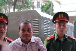 Tên ông Triệu Tài Vinh được gọi lên tại phiên xử gian lận điểm