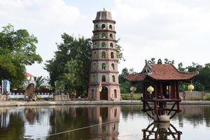 Kiến trúc lai tạp của chùa Nga Hoàng sau 10 năm sư Toàn trụ trì