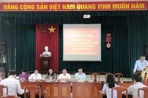 Chủ tịch UBND quận Cầu Giấy đối thoại với các hộ kinh doanh tại chợ Nghĩa Tân