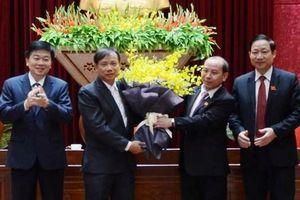 Hòa Bình bầu tân Phó Chủ tịch UBND tỉnh