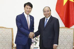 Thủ tướng tiếp Thống đốc tỉnh Kagoshima, Nhật Bản