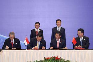 Singapore và Trung Quốc ký nhiều thỏa thuận hợp tác