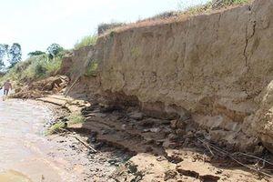 Sạt lở đất nghiêm trọng đe dọa cuộc sống của người dân Quảng Nam
