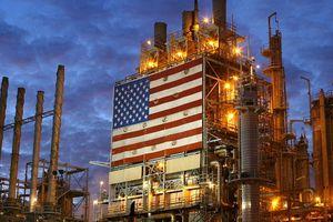 IMF hạ mạnh dự báo tăng trưởng toàn cầu, giá dầu sụt giảm mạnh