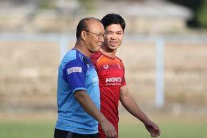 HLV Park Hang-seo tiết lộ lý do không dùng Công Phượng trong trận thắng Indonesia