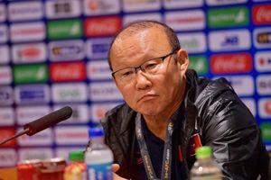 HLP Park tiết lộ lý do không sử dụng Công Phượng ở trận thắng Indonesia