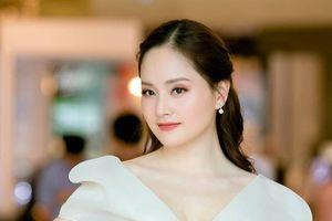 Lan Phương: Tôi không dám lái xe vì sợ giao thông ở Hà Nội