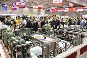 Đồng loạt khai mạc chuỗi Triển lãm chuyên ngành máy móc, thiết bị công nghiệp