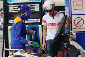 Giá xăng quay đầu giảm từ 15h00 ngày 16/10