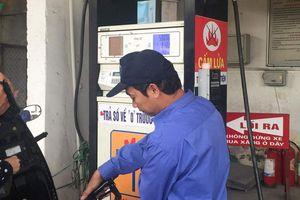 Giá xăng, dầu giảm từ 15h00 hôm nay