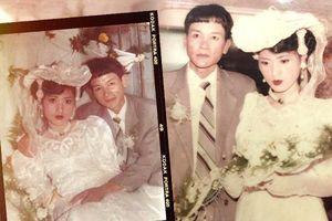 Chuyện tình bất ngờ của cô 'Hoa khôi' Hải Dương đẹp nức tiếng và tấm ảnh cưới 29 năm trước cũng chứa đựng cả câu chuyện dài