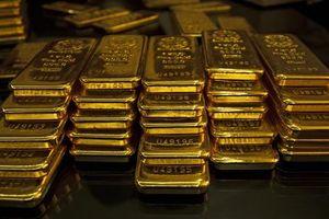 Giá vàng hôm nay: Chứng khoán suy giảm, vàng có dấu hiệu phục hồi