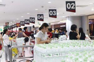 Xử lý nghiêm các trường hợp lợi dụng nâng giá nước đóng chai ở Hà Nội