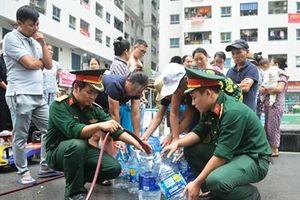 Nhiều khu dân cư ở Thủ đô bị ảnh hưởng nguồn nước đã có nước máy để sinh hoạt