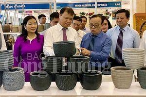 Khai mạc Hội chợ quốc tế quà tặng hàng thủ công mỹ nghệ Hà Nội 2019