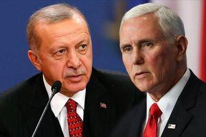 Ngoại giao con thoi có giúp Mỹ, Thổ và Nga hạ nhiệt chiến sự Syria?