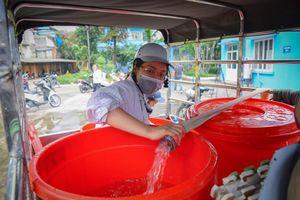 Nước sạch Sông Đà lãi thêm 72 tỷ giữa sự cố nhiễm dầu thải