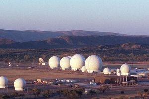 Bí mật 'trái bóng golf' khổng lồ trong căn cứ tình báo Mỹ