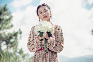 Tháng 11 này Vbiz tưng bừng vì có 2 đám cưới của ca sĩ Văn Mai Hương và Đông Nhi