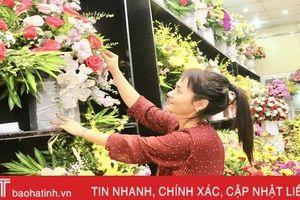 Những lẵng hoa đẹp 'mê hồn' ở Hà Tĩnh trong ngày 20/10