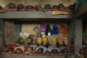 Những đứa trẻ bị bỏ tù không qua xét xử vì ăn trộm ở Madagascar