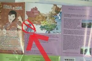 Liên tục xuất hiện ấn phẩm du lịch có 'đường lưỡi bò'