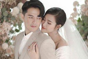 Choáng vì độ chịu chơi của Đông Nhi - Ông Cao Thắng trong lễ cưới