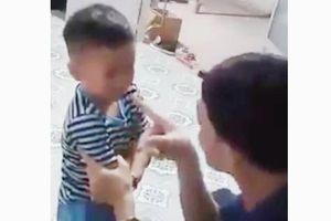 Điều tra nhóm người hành hung ông bố đánh con ở Tiền Giang