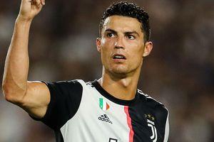 Ronaldo có thu nhập gấp đôi Messi từ Instagram