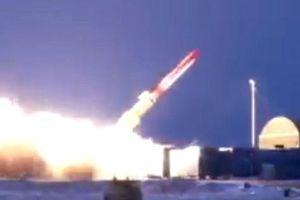 Tên lửa hạt nhân 'bất khả chiến bại' của Nga gây nguy hiểm trong nhiều tháng