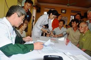 Bệnh viện Trung ương Quân đội 108 khám bệnh, cấp thuốc miễn phí và tặng quà tại tỉnh Yên Bái