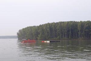 TP.HCM: Tàu 8.000 tấn chìm ở huyện Cần Giờ, gần 300 container chờ giải cứu