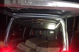 Nghẹt thở xem CSGT truy đuổi xe chở gỗ lậu suốt 1 tiếng đồng hồ