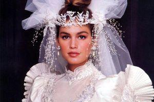 Trang sức cưới đã thay đổi thế nào từ xưa đến nay?