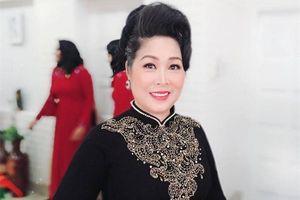 NSND Hồng Vân: 'Tôi có gia đình hạnh phúc, giờ chỉ mong sức khỏe'
