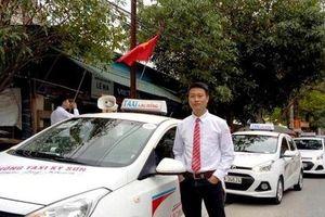 Người tài xế taxi với duyên làm 'ông đỡ', cứu tính mạng của nhiều bà mẹ và trẻ em