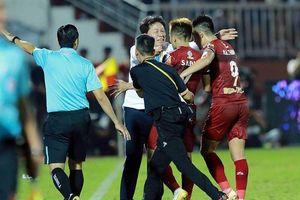 Rắc rối suất dự giải châu Á của các đội bóng đá Việt Nam