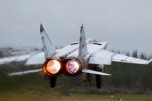 Máy bay nhanh nhất thế giới của Nga khiến NATO 'khiếp đảm'