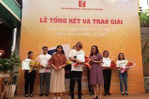 TPHCM: Trao giải cuộc thi truyện ngắn viết về phụ nữ 'Một nửa làm đầy thế giới'